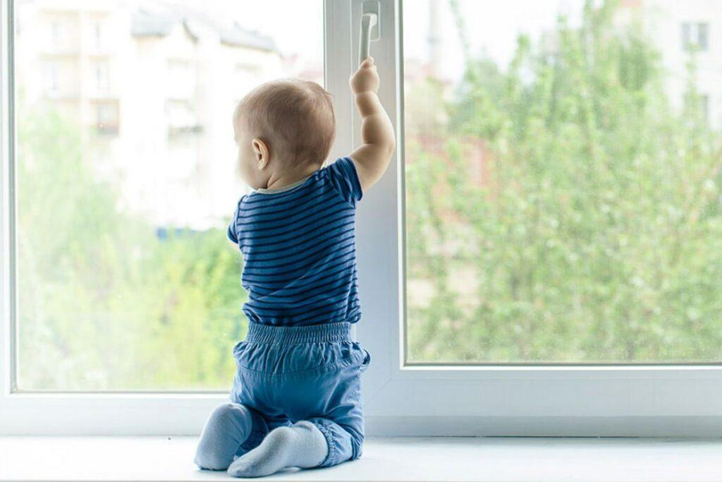 Детская защита на окна rehau blitz
